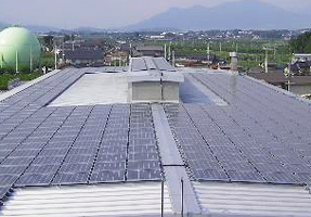 Solar panels for photovoltaic power generation system